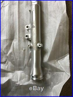 GENUINE YAMAHA RD350Ypvs 31k Bottom Right Hand FORK TUBE Brand New NOS